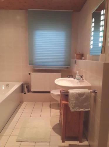 sink and bathtub